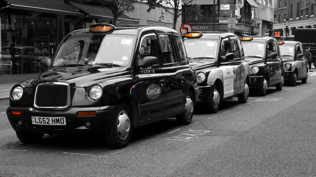 Liverpool Taxi Drivers to receive grants due to low income during the Pandemic 1
