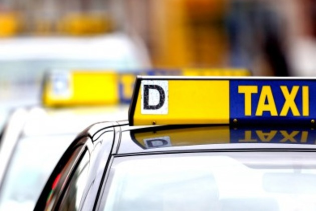 Northern Ireland Taxi firms say they are unable to meet demands 1